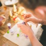 小学生の子供と楽しみながら折り紙で作る可愛くて簡単なハロウィンの手作り飾り