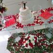 ウェディングケーキの画像