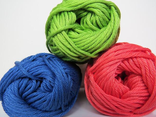 マフラー用の毛糸の画像