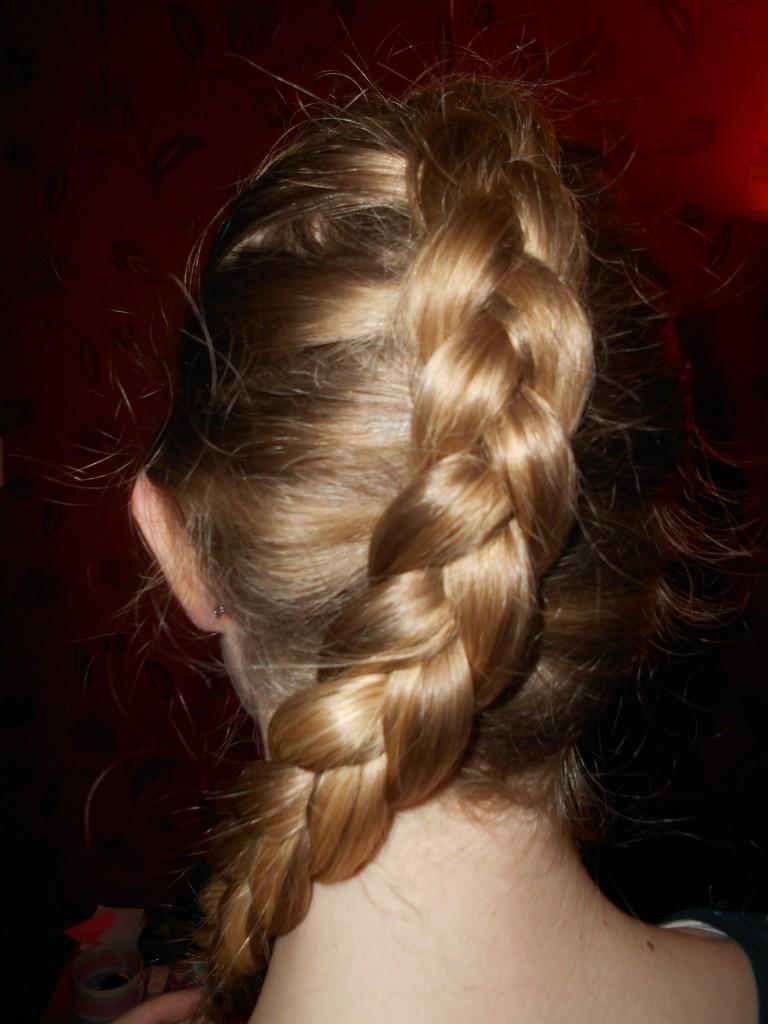 おしゃれな髪型の画像