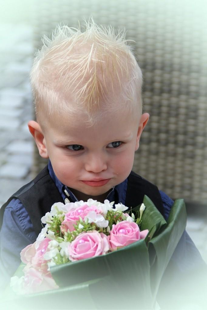 結婚式 男の子の画像