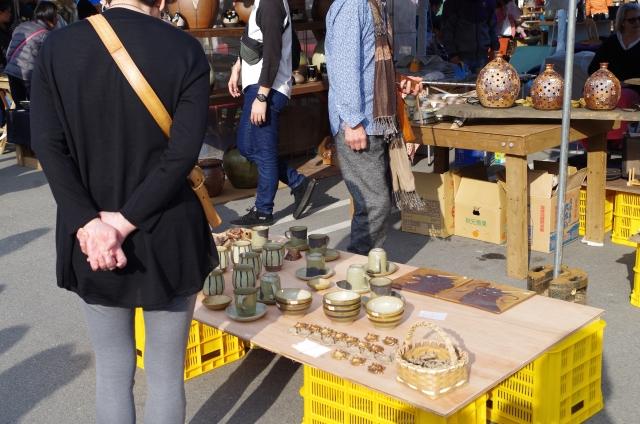 陶器市の画像