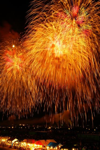 大曲の花火の画像