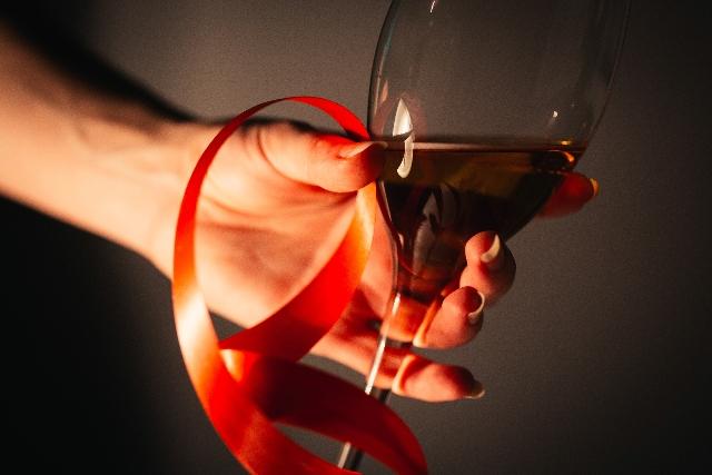 ワインで乾杯の画像
